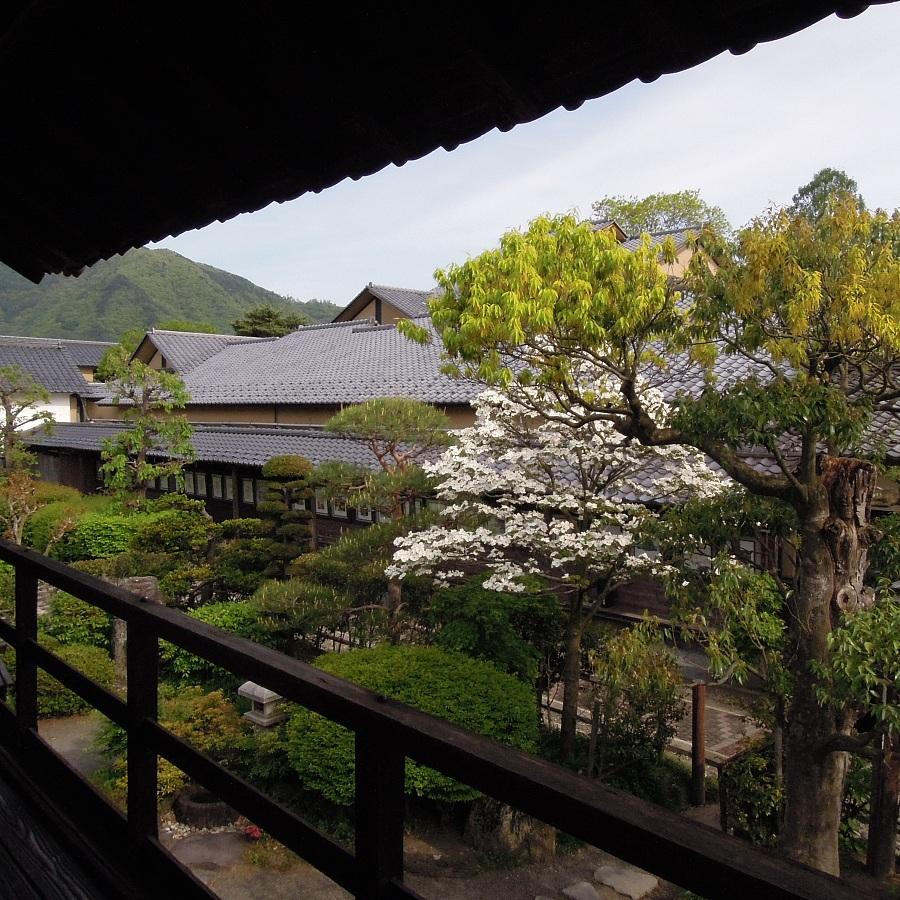 高井鴻山記念館の母屋2階からの眺め