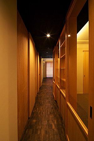 山手のマンション・リノベーション(廊下)