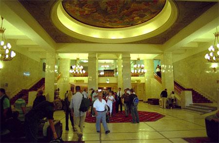 ウクライナホテルロビー