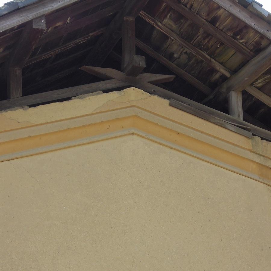 土蔵の2重屋根
