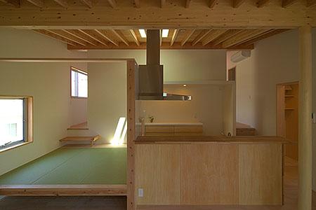 越谷の家(キッチン、小上り)